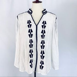 ARK & CO. Short Tunic Style Top